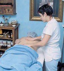 aromatherapeutic massage